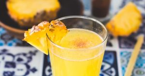 bubble-bro - Header image - Pineapple juice with cayenne pepper